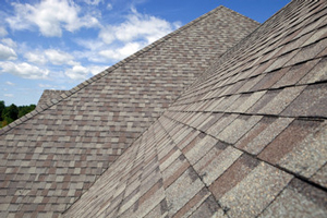 Homes roofed with asphalt shingles in Huntersville